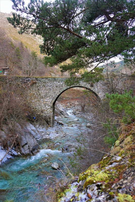La Brigue, un village authentique, ou traditions rime avec pépites à découvrir